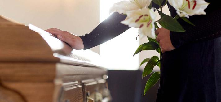 Décès et funérailles
